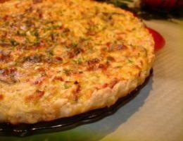 Миниатюра к статье Быстрый пирог с ветчиной и сыром
