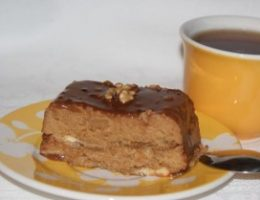 Миниатюра к статье Манный десерт «Шатенка»