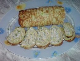 Миниатюра к статье Рулет из кабачков с сыром и чесноком