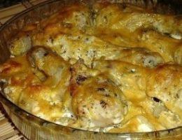Миниатюра к статье Картошка с куриными ножками в духовке